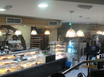 CAFETERIA PANADERIA MOULIN A PAIN (2)